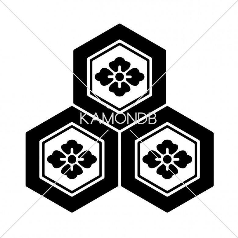三つ盛亀甲に花菱