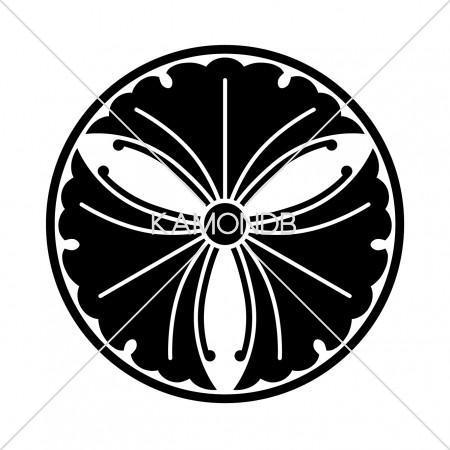 糸輪に蔓三つ銀杏