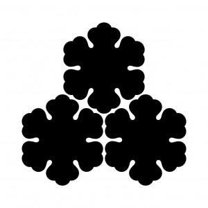 三つ盛梨の花