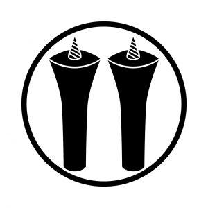 糸輪に並び蝋燭