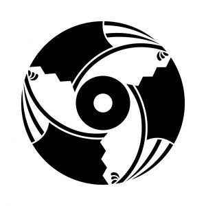三つ割雁木扇に蛇の目